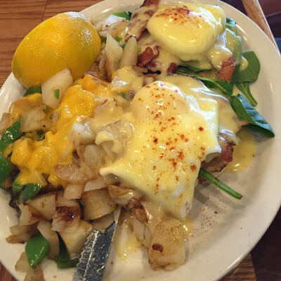 Eggs Florentine with Potatoes